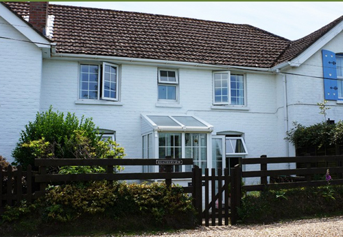 Sway Holiday Cottage
